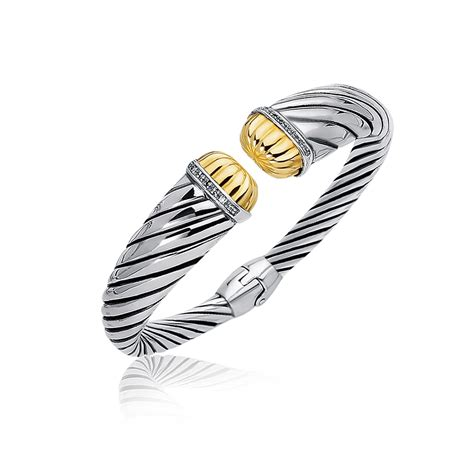 accented tapered stye cable open cuff in 18k