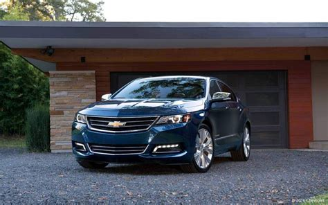 Family Vehicles With Gas Mileage by 20 Family Cars With The Best Gas Mileage Gobankingrates