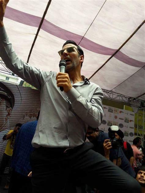 film india lama akshay kumar akshay kumar promotes rustom movie at bhawanipur education