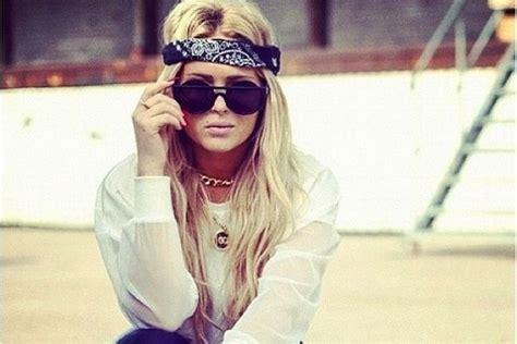 ways to wear bandanas on hair 7 stylish ways to wear a bandana hair ideas livingly