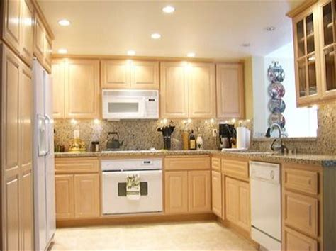 whitewash cabinets with granite countertops best 25 whitewash cabinets ideas on white