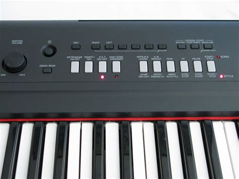 Keyboard Yamaha Piaggero Np V80 yamaha np v80 piaggero test bonedo