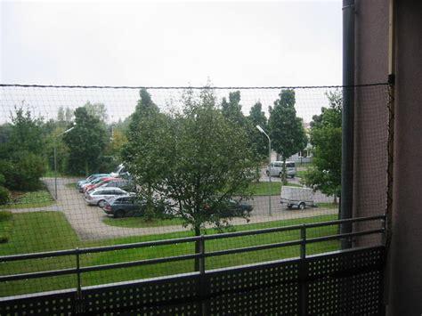 hängematte auf balkon befestigen katzennetz installation f 252 r dummies ohne bohren ohne