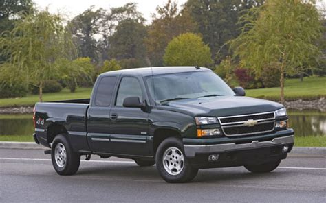 electric and cars manual 2006 chevrolet silverado hybrid parking system update 1 gm offering 5 000 loyalty bonus for 2004 07 chevrolet silverado hybrid owners
