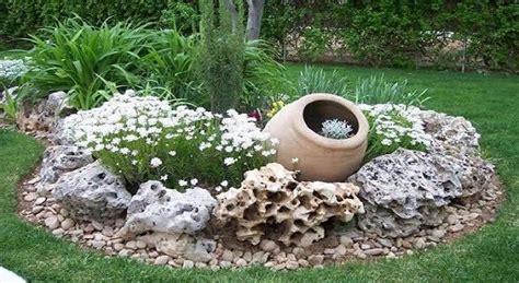 come decorare un giardino come decorare il giardino con pietre ville e giardini