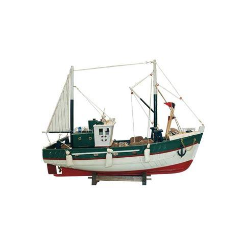 seafood boat fishing seafood boat with tuna fishing gear
