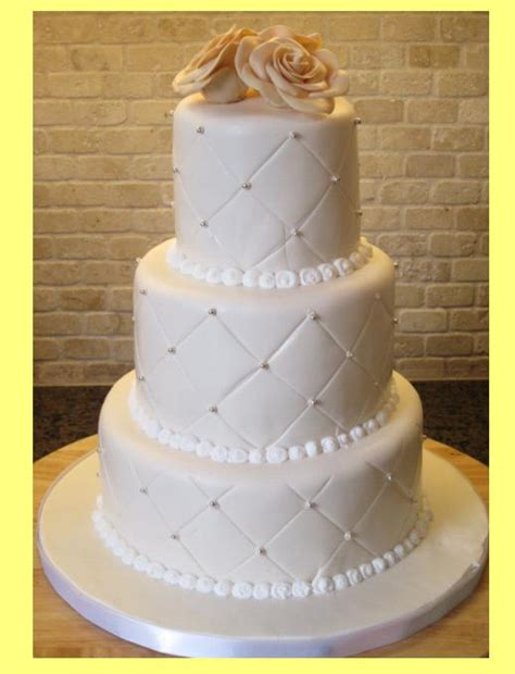 Different Wedding Pictures by Types Of Wedding Cake Idea In 2017 Wedding