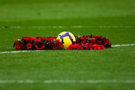 Patch Poppy Football Remember comment has football s poppy gate redefined remembrance sq magazine