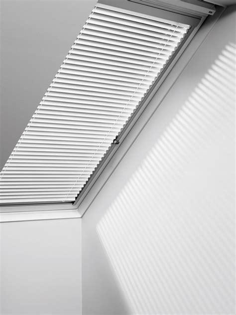 jalousie dachfenster jaloucity sichtschutzl 246 sungen f 252 r velux dachfenster