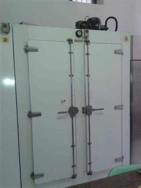 tavolo frigo usato banco frigo pasticceria e 2 celle frigo usato frigorista