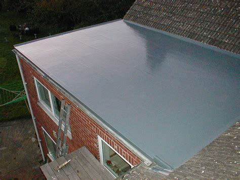 flat roof rubber roofing how to install rubber roofing on a flat roof
