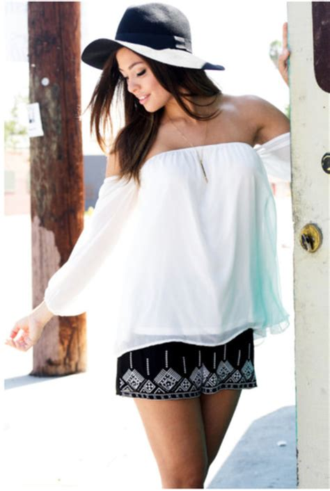 Blouse Girly Hat 65 shorts tribal pattern aztec aztec white top the shoulder top hat floppy hat black