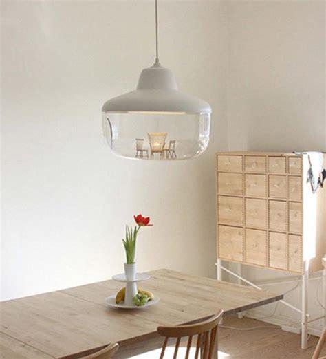 Baker Esszimmertisch by Savvy Housekeeping 187 Favorite Things Pendant Light