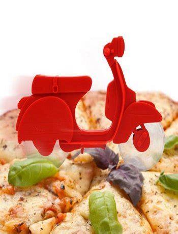 Pizza Cutter Pemotong Pizza pizza cutter unik bikin makan pizza makin asyik