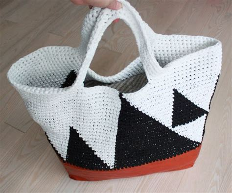 crochet bag bottom pattern recipe for large crochet bag lutter idyll how to add a