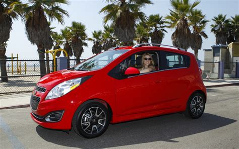 chevrolet leaf 2013 nissan leaf electric vs 2014 chevy spark electric