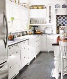 Gray Tile Kitchen Floor 25 Best Ideas About Slate Kitchen On Slate Floor Kitchen Slate Flooring And Tile