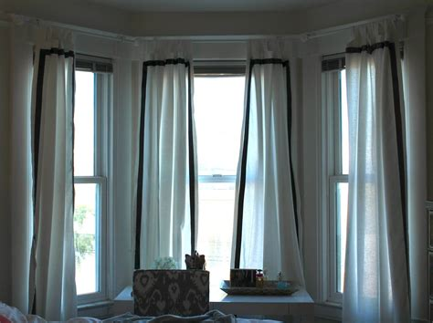 window treatments for bay window in living room ideas for bay window treatments in the living room the wooden houses