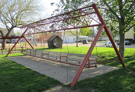 biggest swing world s largest porch swing hebron nebraska flickr