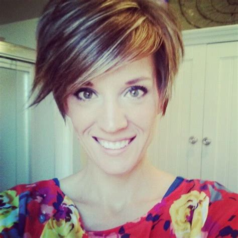 trendy hairstyles for female executives 215 best cute short hairstyles images on pinterest short
