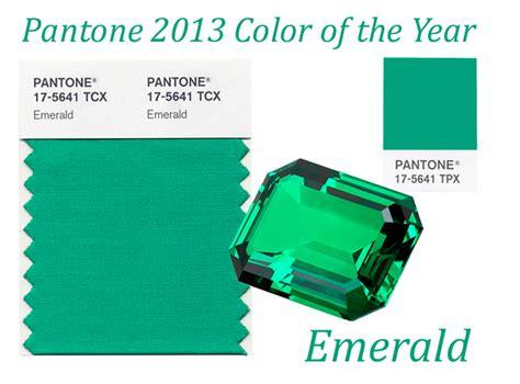 pantone unveils color of the year for 2010 pantone 15 5519 verde esmeralda elegido color del 2013 decoraci 243 n