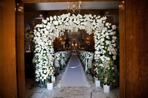 Wedding Ceremony Entrance by Ceremony D 233 Cor Photos All White Ceremony Entrance