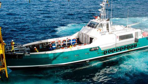 fast crew boats crew boat surfer 2500