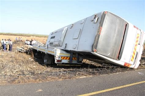 citylink zimbabwe three killed in city link bus accident near norton