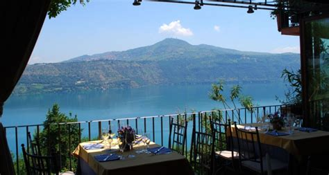 ristoranti lume di candela roma cena romantica a castel gandolfo weekend a lume di candela