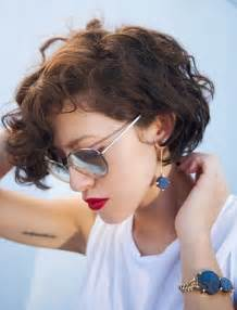 Easy short curly hair styles for summer charming short curls bring the