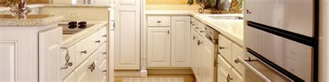 Quality White Kitchen Cabinets How To Spot Quality Wood Cabinets Custom Cabinetry