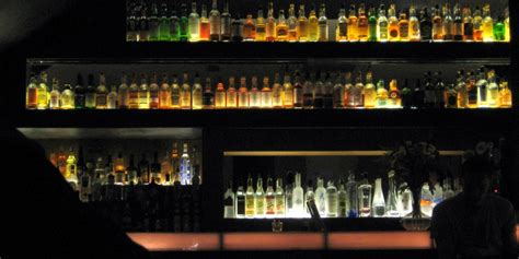 top ten bars in london cocktail bars london askmen