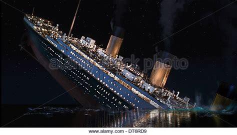 titanic boat sinking movie titanic sinking scene 1997 cadillac