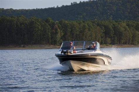 nitro bass boat rough water research 2013 nitro boats 290 sport on iboats