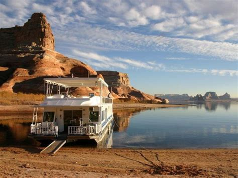 Lake Powell Cabin Rentals by 1000 Ideas About Houseboat Rentals Lake Powell On