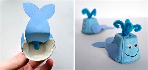 manualidades hechas con carton de animales manualidades para ninos ballena con hueveras de carton