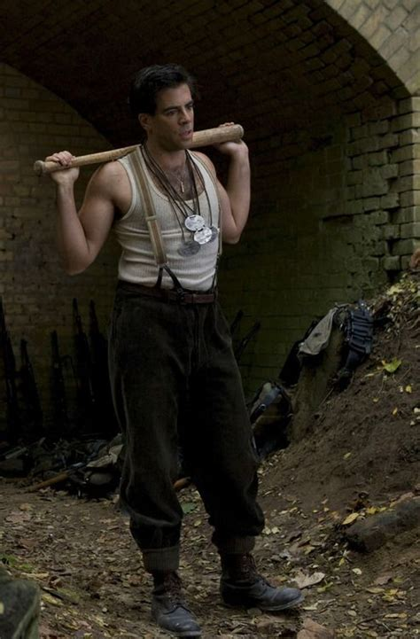 quentin tarantino eli roth film eli roth in inglorious basterds movies pinterest the
