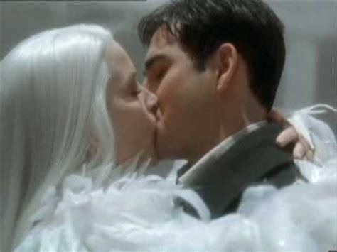 queen film kiss snow queen cease to exist youtube