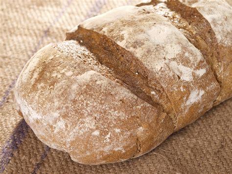 come si fa il lievito madre in casa ricetta pane con pasta madre in maniera tradizionale non