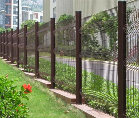 Small Fence For Garden by Small Garden Fence Smalltowndjs