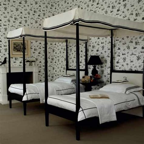 twins bedroom monochrome twin bedroom black and white bedroom ideas