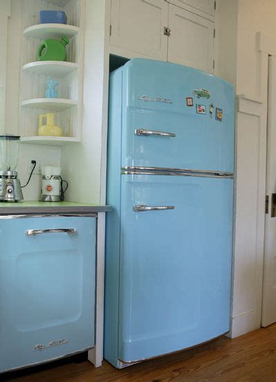 rustic kitchen love the blue retro appliances with the 131 best old ice box images on pinterest vintage kitchen