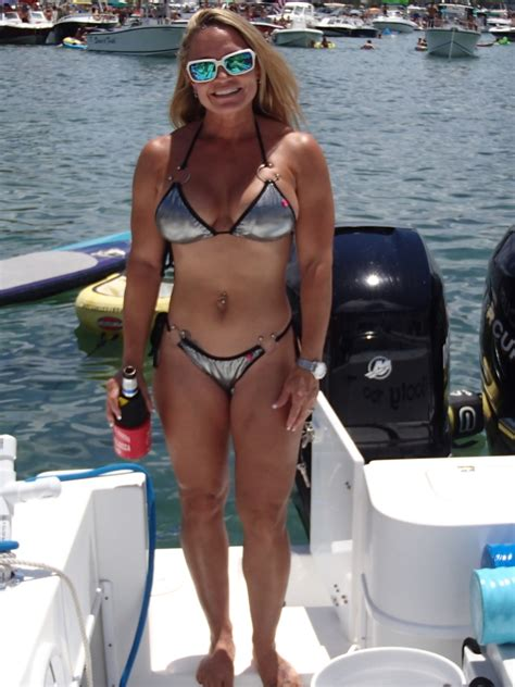 hull truth boating post the best picture of your lady on your boat page 413