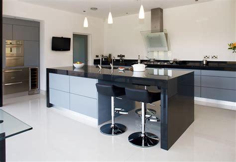 Kitchen Design Belfast Contemporary Kitchens High Gloss Cross Grain Veneer Armagh Belfast Dublin Northern Ireland