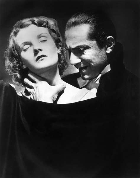 Buku Misteri Horor In Search Of Dracula beginnings dracula 1931 the telltale mind