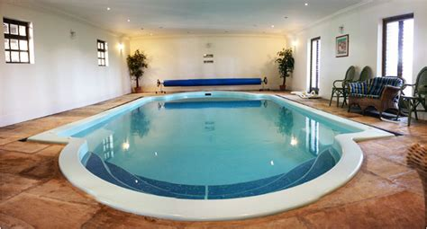 Uk Cottages With Indoor Pool by 4 Cottages With Pool In Buxton The Peak