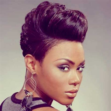short cut with feathers african americans styles hair ideas on pinterest black women short hairstyles