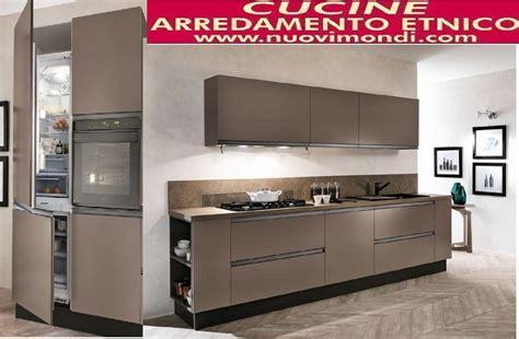 cucine componibili con elettrodomestici cucina moderna laccata caffe in gola essenza titanio brown