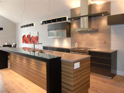 armoire de cuisine moderne r 233 alisations de style moderne sp 233 cialit 233 m m