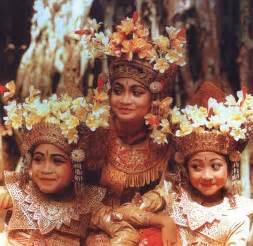 Catur Yuga Empat Masa Dunia Buku Bali Hindu hindu naqs dna